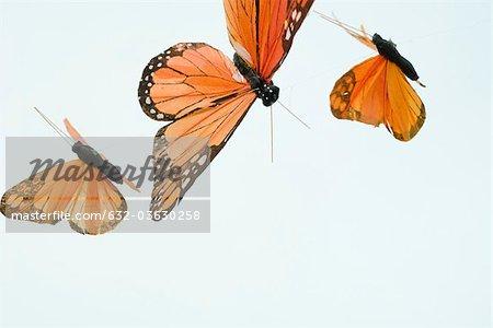 Papillons artificiels