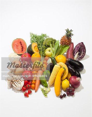 Bunte Obst- und Gemüseverarbeitung
