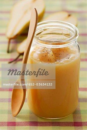 Stewed pears flavoured with vanilla tea