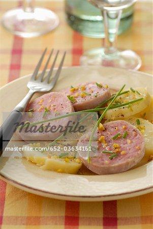 Salade tiède à la lyonnaise