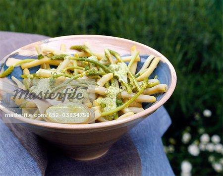 Salade de haricots beurre au pesto de courgette