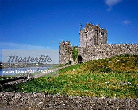 Dongory Castle (château de Dunguaire), Kinvara, comté de Galway, Irlande