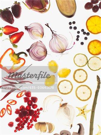 Variété de légumes émincés