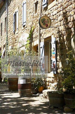 Vin boutique, Lagrasse, Aude, Languedoc-Roussillon, France