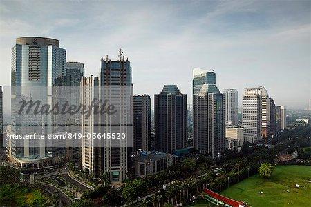 Gratte-ciel le long de Jalan Jend Sudirman-Senayan, y compris le bâtiment de la bourse de Jakarta