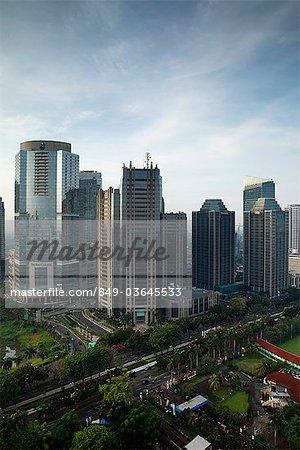 Immeubles de bureaux le long de Jalan Jend Sudirman, Jakarta, Indonésie