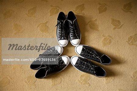 Trois paires de chaussures