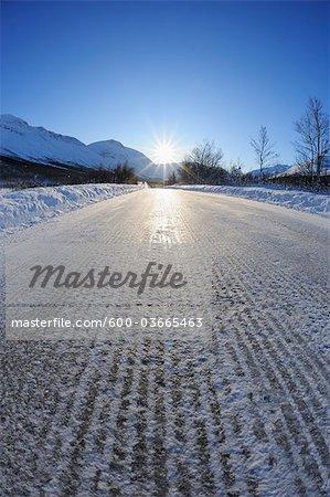 Icy Road, Breivikeidet, Troms, Norvège