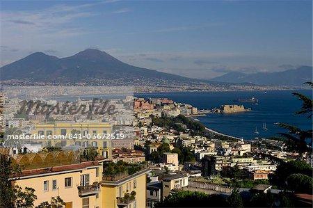 Paysage urbain et sur le Vésuve, Naples, Campanie, Italie, Europe