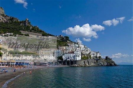 La ville d'Amalfi, UNESCO World Heritage Site, Campanie, Italie, Europe