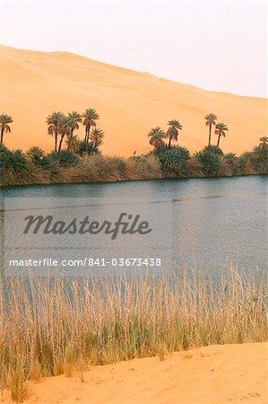 Lac, Erg Oubari, Sahara desert, Fezzan (Libye), l'Afrique du Nord, Afrique