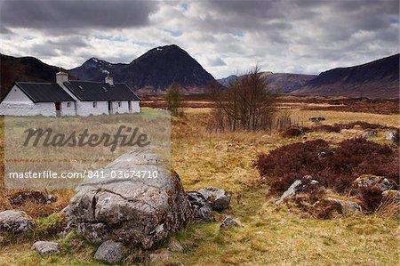 Black Rock Cottage and Buachaille Etive Mor, Glencoe, Highland region, Scotland, United Kingdom, Europe