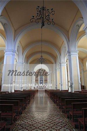 Interior, Cathedral de Granada, Park Colon, Park Central, Granada, Nicaragua, Central America