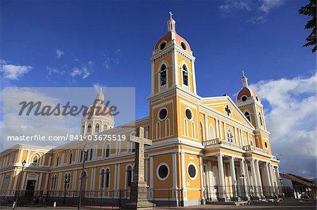 Cathédrale de Grenade, parc Colon, le parc Central, Granada, Nicaragua, Amerique centrale