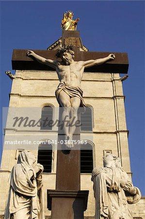 Calvaire en dehors d'Avignon cathédrale, Vaucluse, France, Europe