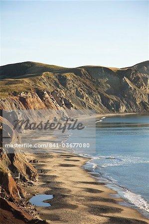 Cliff und Strand auf der Insel Havre-Aux-Maisons, Iles De La Madeleine (Magdalenen-Inseln), Québec, Kanada, Nordamerika