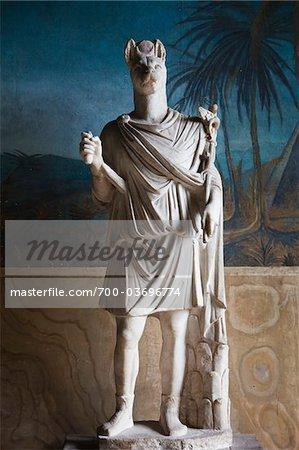 Statue du dieu Anubis, le Vatican Museum, cité du Vatican, Rome, Italie