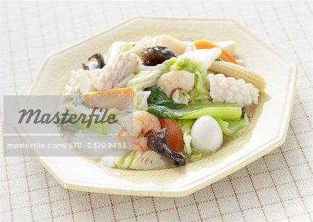 Stir fried seafood and vegetables