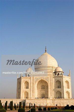Fermer la vue vers le mausolée du Taj Mahal, Agra. Inde