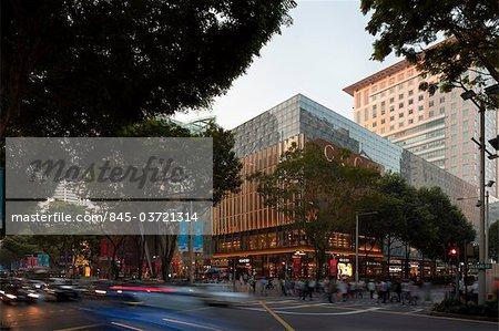 Gucci magasin phare dans le Centre de Paragon sur Orchard Road. Conçu par les architectes de la DP et Frida Giannini. Il a ouvert en février 2010. Architectes : Architectes DP et Frida Giannini.