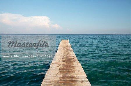 Bootssteg, Ipsos Beach, Korfu, Griechenland