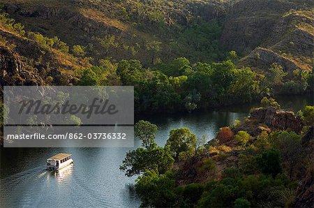 Australia, Northern Territory, Katherine.  Tourist boat cruise in Nitmiluk (Katherine Gorge) National Park.