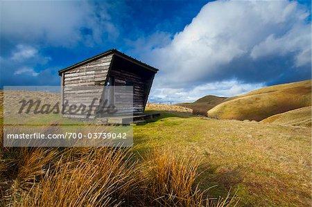 Yearning Saddle Refuge Hut, Northumberland National Park, Northumberland, England