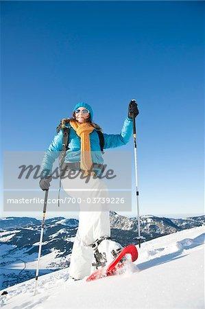 Frau Schneeschuhwandern