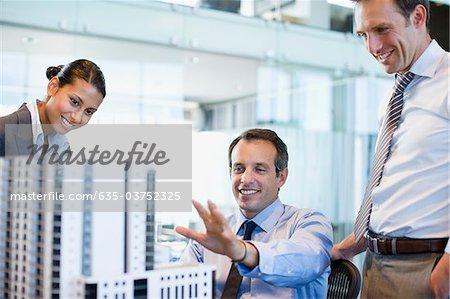Blick auf die Modellerstellung im Büro Architekten