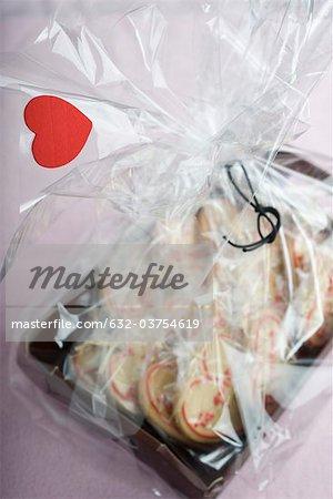 Biscuits en forme de coeur emballés pour la Saint Valentin