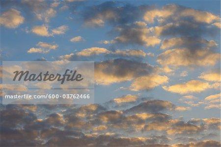 Wolkengebilde, Nothweiler, Pfalzerwald, Rheinland-Pfalz, Deutschland