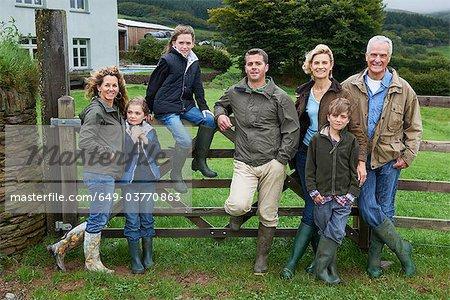 Générations famille sur la ferme