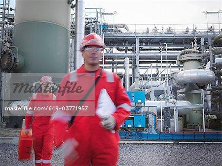 Arbeitnehmer bei der unterirdischen Lagerung Gaswerk