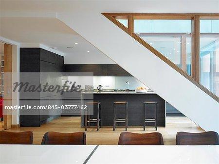Modern open plan kitchen and dining room. Architects: STUDIO BEDNARSKI LTD