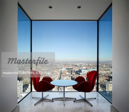 Rot Arne Jacobsen Schwan Sessel In Einer Nische Stadtturm