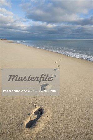 Fußabdrücke auf Nantucket Island Strand