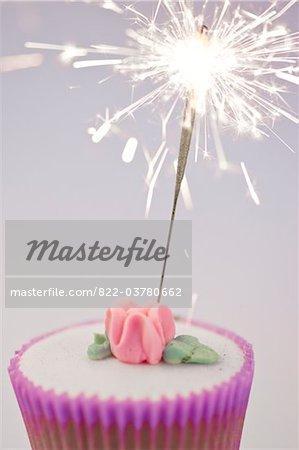 Cierge magique sur un Cupcake