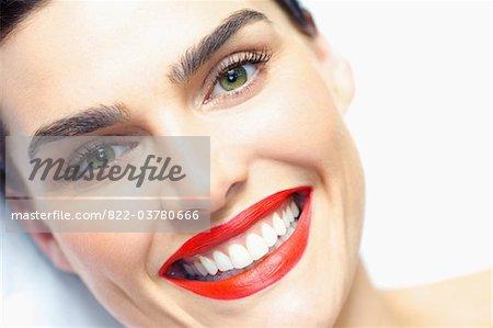 Close up of Smiling Woman Face mit roten Lippenstift - erhöhte Ansicht