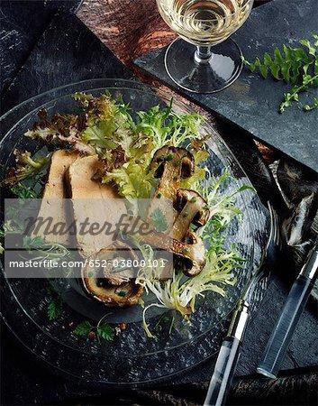 Salade de champignons et foie gras