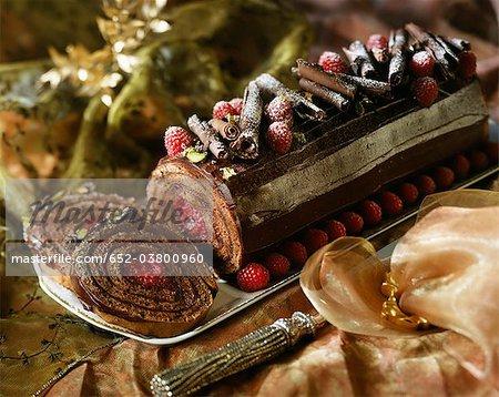 Chocolat et framboises journal gâteau roulé