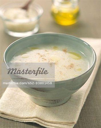 Crème de navets au parmesan