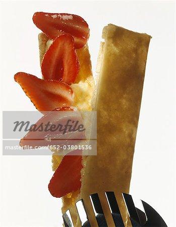 Gâteau de pâte feuilletée aux fraises