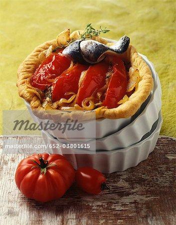 Onion and tomato tartlet