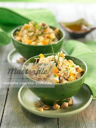 Quinoa, fruits frais et salade de fruits secs