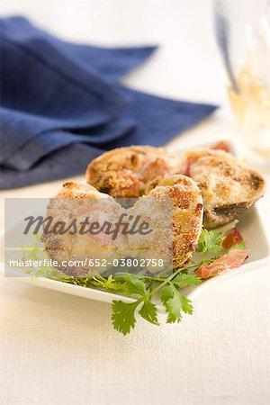 Littleneck clams stuffed with Serrano ham