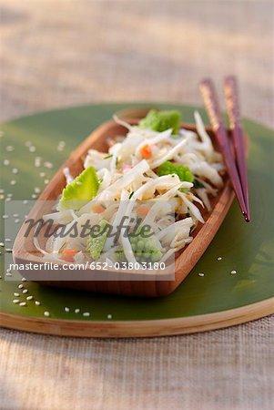Salade asiatique de deux choux
