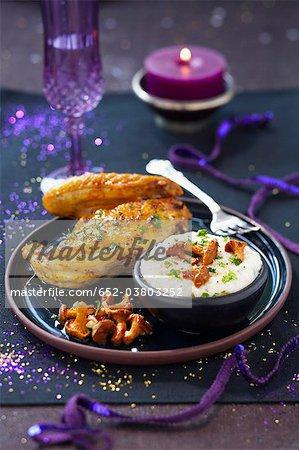 Chapon rôti avec chanterelles rice pudding