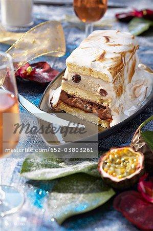 Flambée de gâteau journal rhum et fruits de la passion