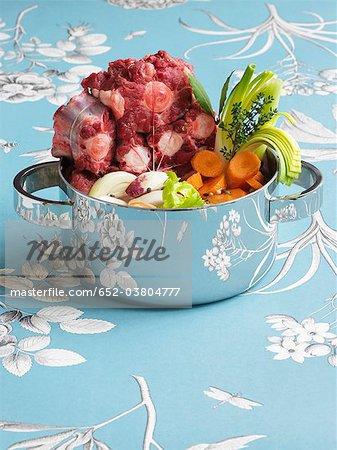 Ingrédients pour ragoût de queue de bœuf