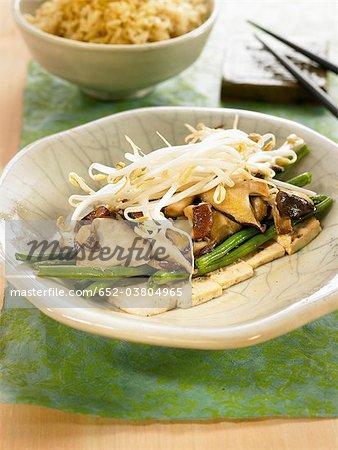 Tofu, shiitake et haricots verts Nituke